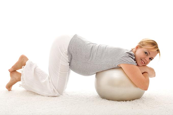 Какие движения нельзя делать во время беременности. Что можно и что нельзя делать беременным.